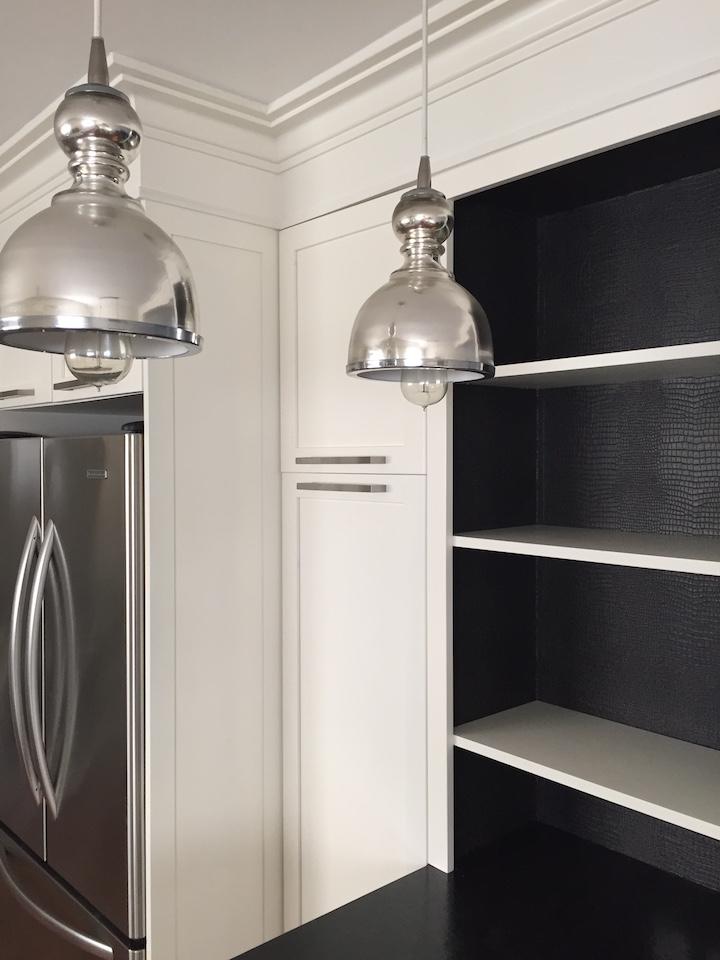 bookcase-wallpaper-installed-fridge