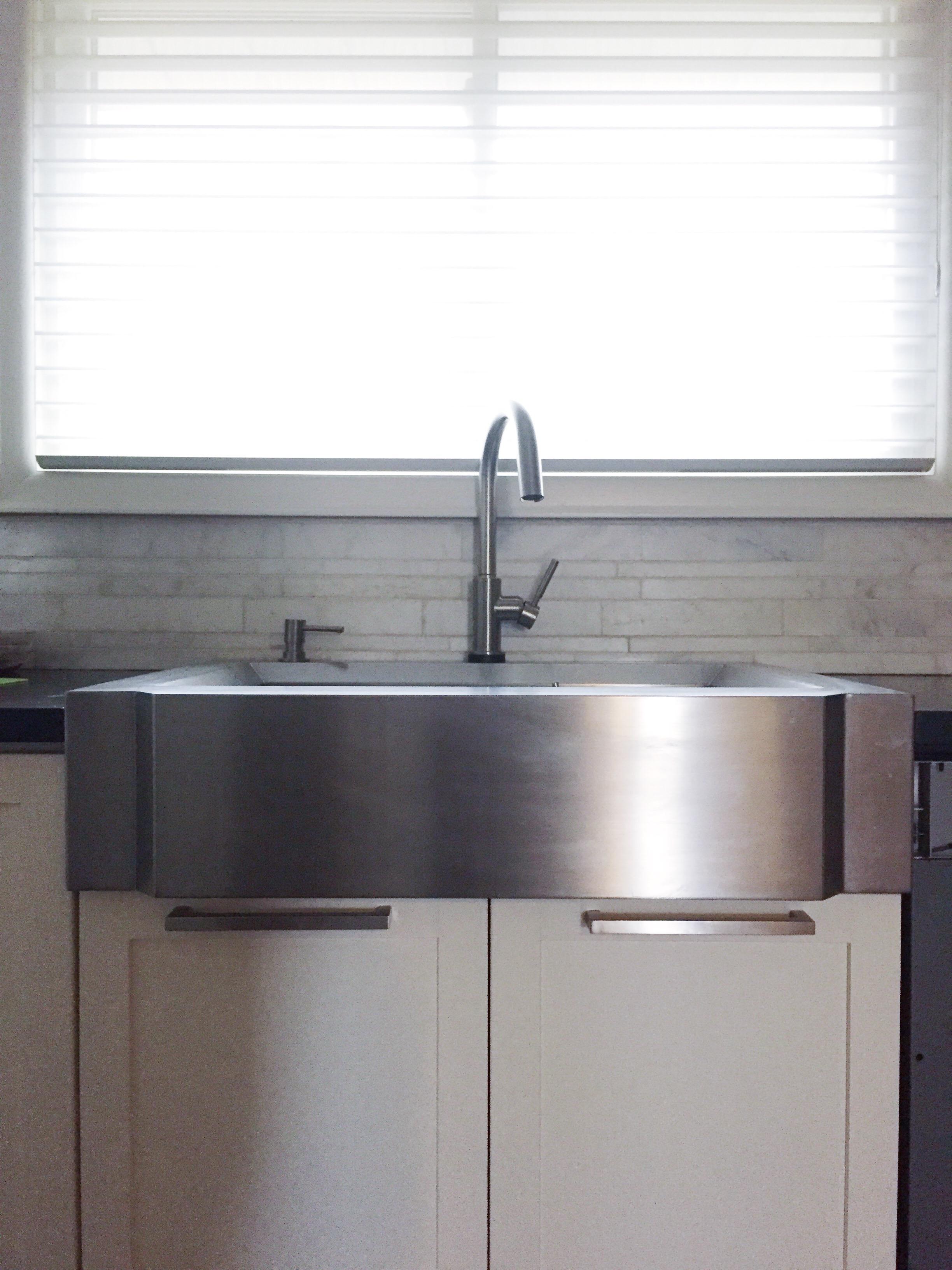 kitchen-sink-brizo-solna