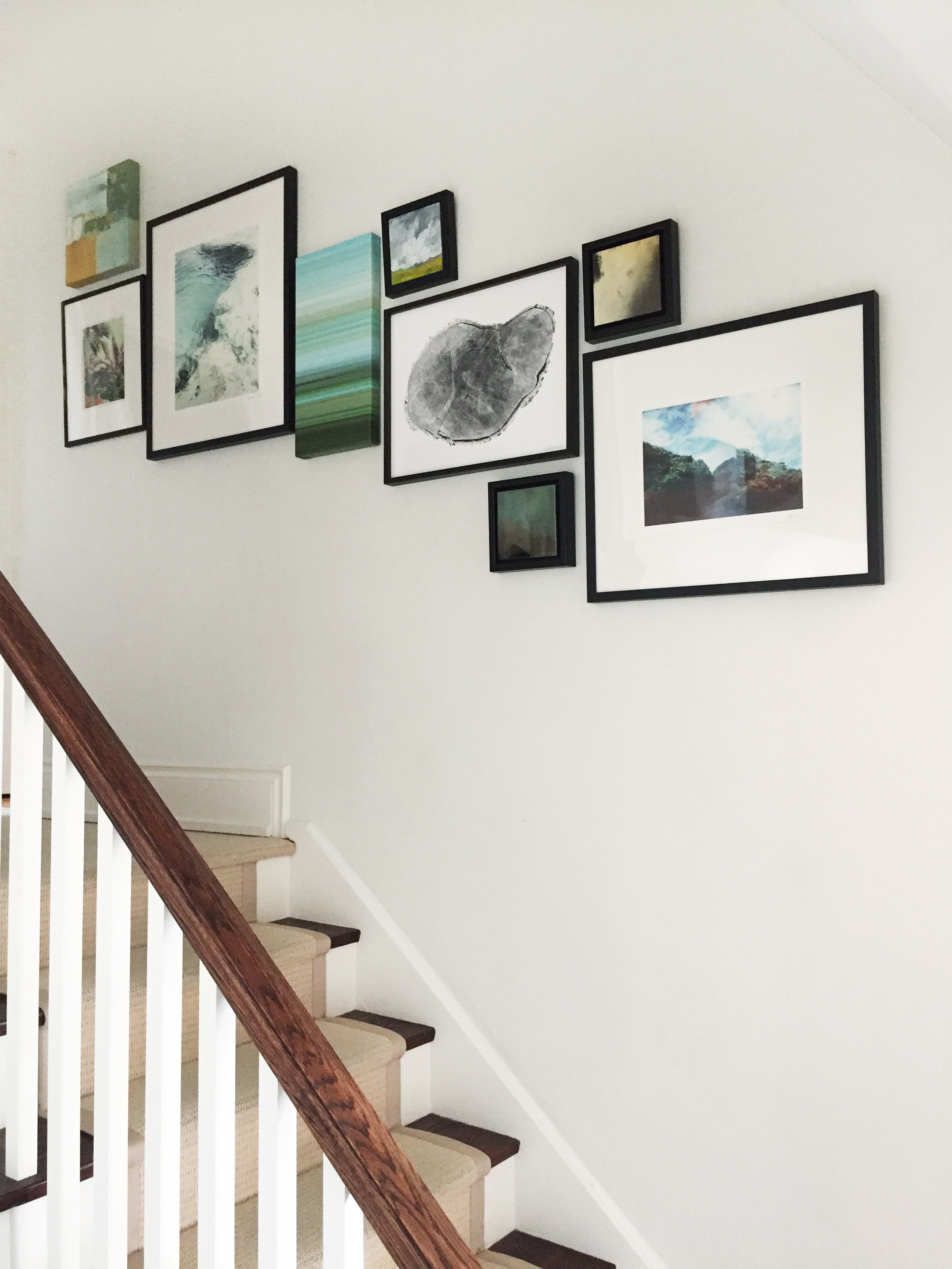 gallery-wall-staircase-hallway
