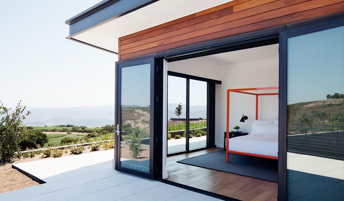 grant-gibson-indoor-outdoor-bedroom